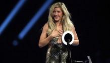 Vítězové Brit Awards jsou jasní: Kraloval David Bowie, Ellie Goulding a Arctic Monkeys!