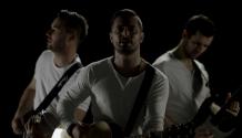 Kapela HODINY symbolicky slaví novým emotivním singlem ZE DNA