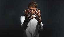 Machine Gun Kelly přiveze do Prahy nové album!
