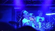 Queenie jsou neméně světoví než původní kapela!