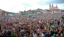 VII. ročník festivalu Vysmáté léto proběhne již tuto sobotu! (TZ)