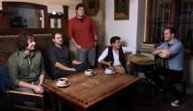 Skupina High Five si vnovém klipu nastavuje zrcadlo!