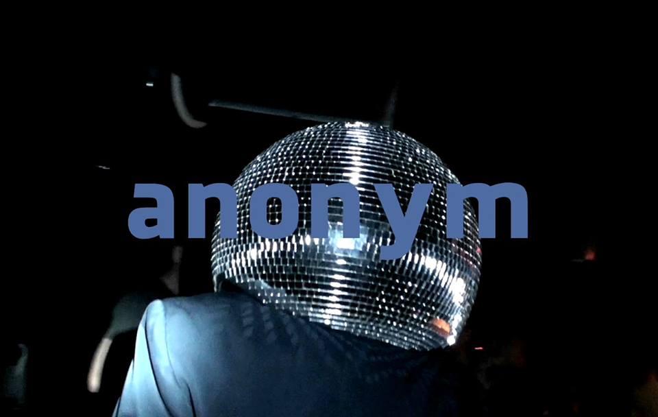 Anonym pronásleduje Lety Mimo!