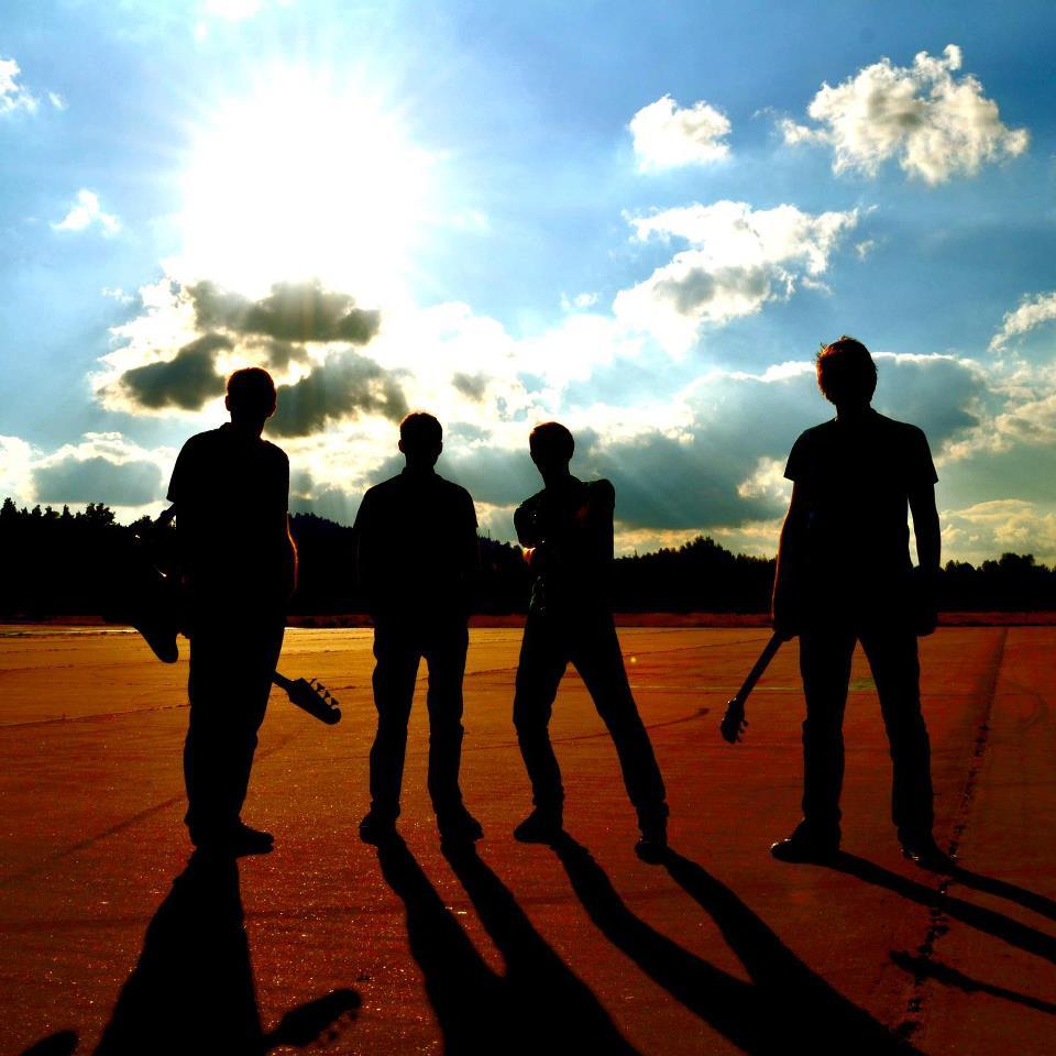 """""""Chtěli jsme co nejvěrněji zachytit energii živého hraní,"""" říká o novém split CD kapela JZD"""
