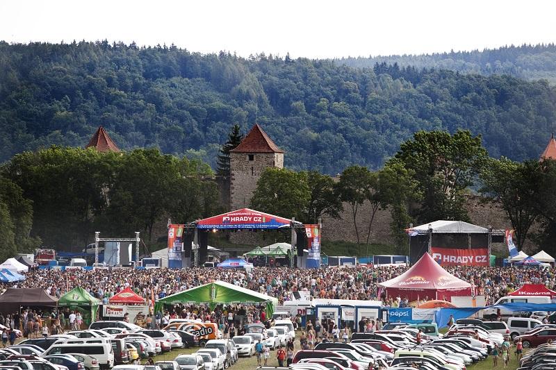 Hudební festival Hrady CZ se stěhuje na Moravu, poprvé rozezní Veveří!