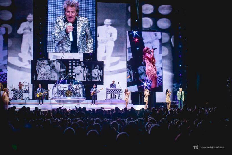 Rod Stewart si první koncert v Čechách užil!