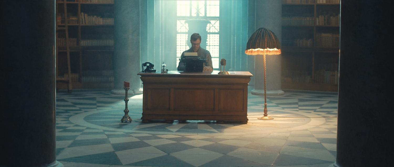 Kapela Málem Králem představuje nový singl a videoklip Fronta na zázraky.