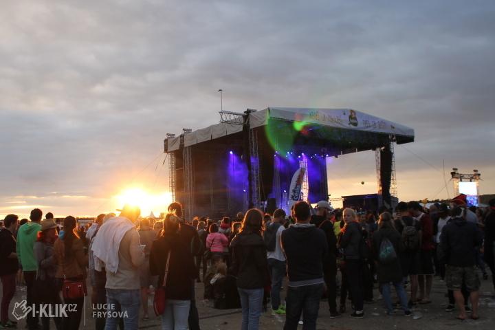 Milovický Votvírák odolal silnému větru a nabídl fanouškům to nejlepší z české a slovenské hudební scény!