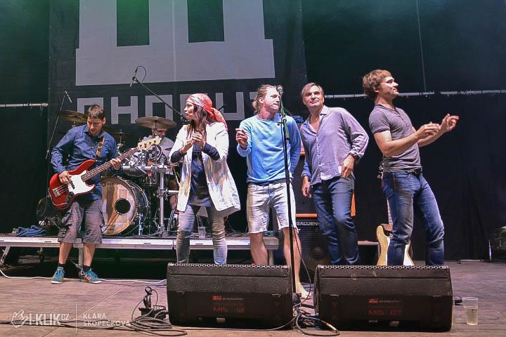 HRADY CZ – V sobotu se zpívalo pro Matěje Homolu z Wohnoutu!