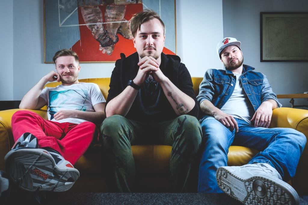 Poetika představuje debutové album Trinity!