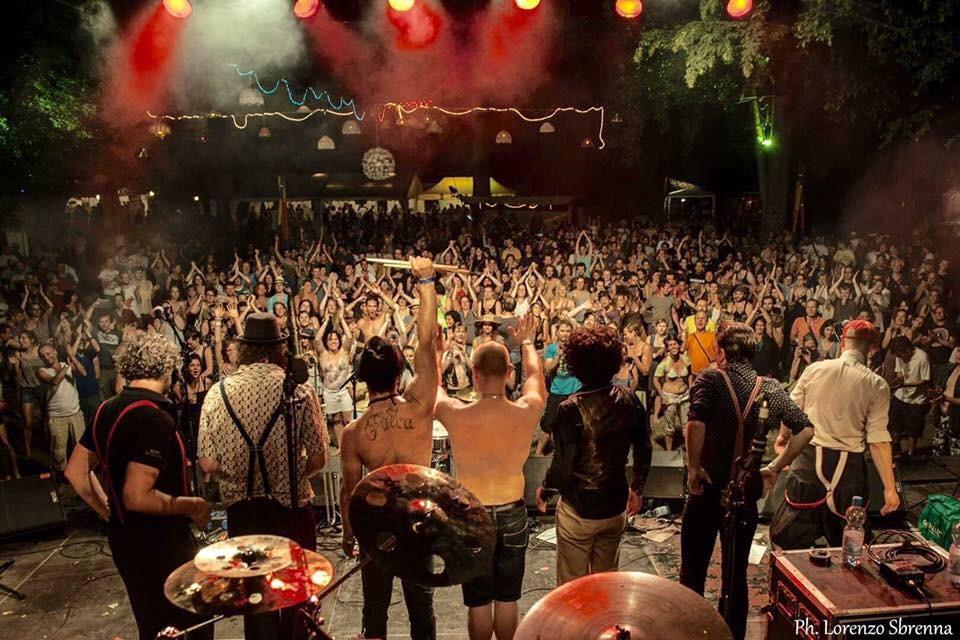 Faela! – jedna z nejlepších latino kapel přijíždí 15. dubna do Prahy! – Rock Café!