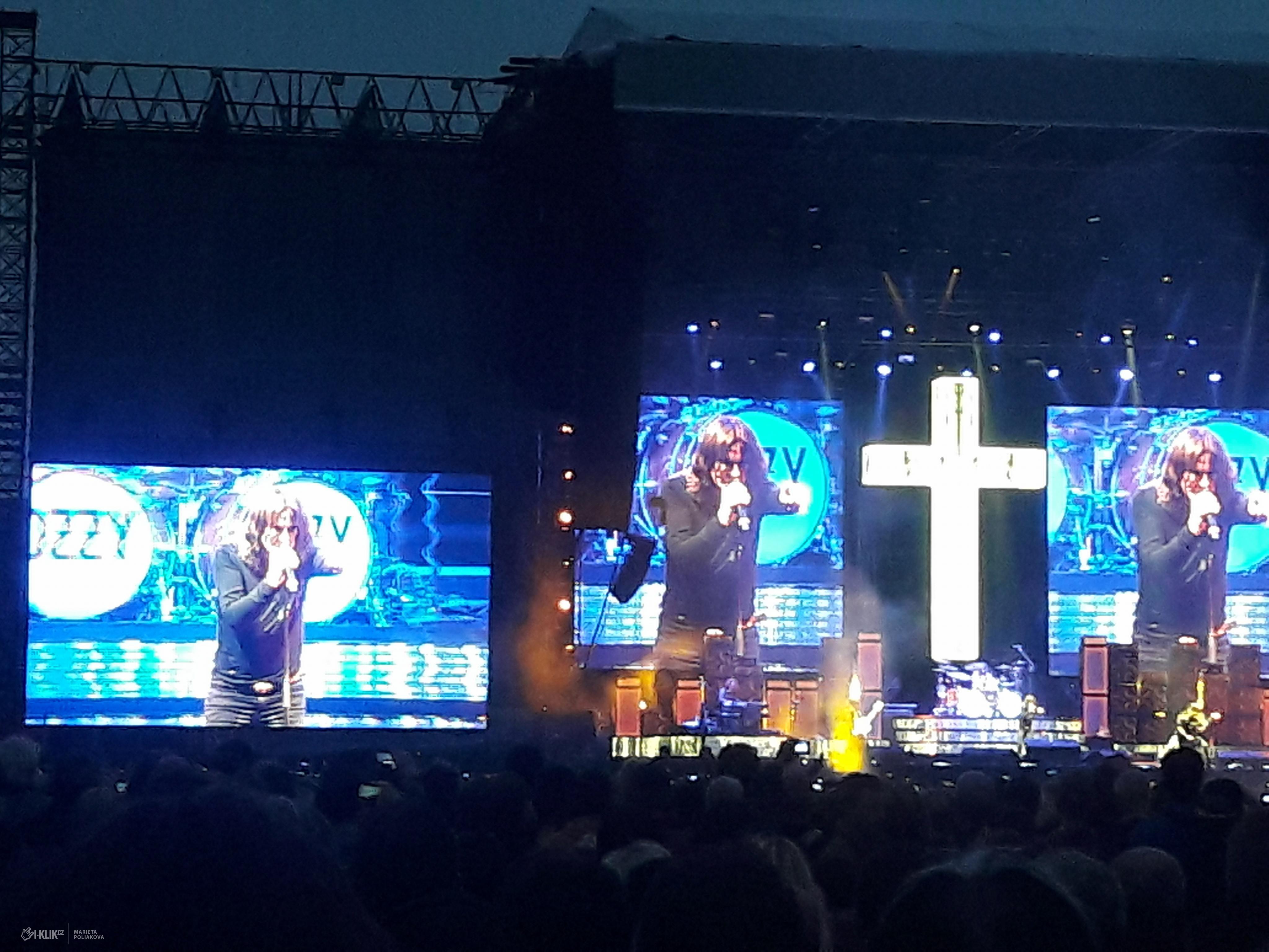 Koncert Ozzyho nezačal nejšťastněji, ale nakonec divákům uspokojil hudební choutky!