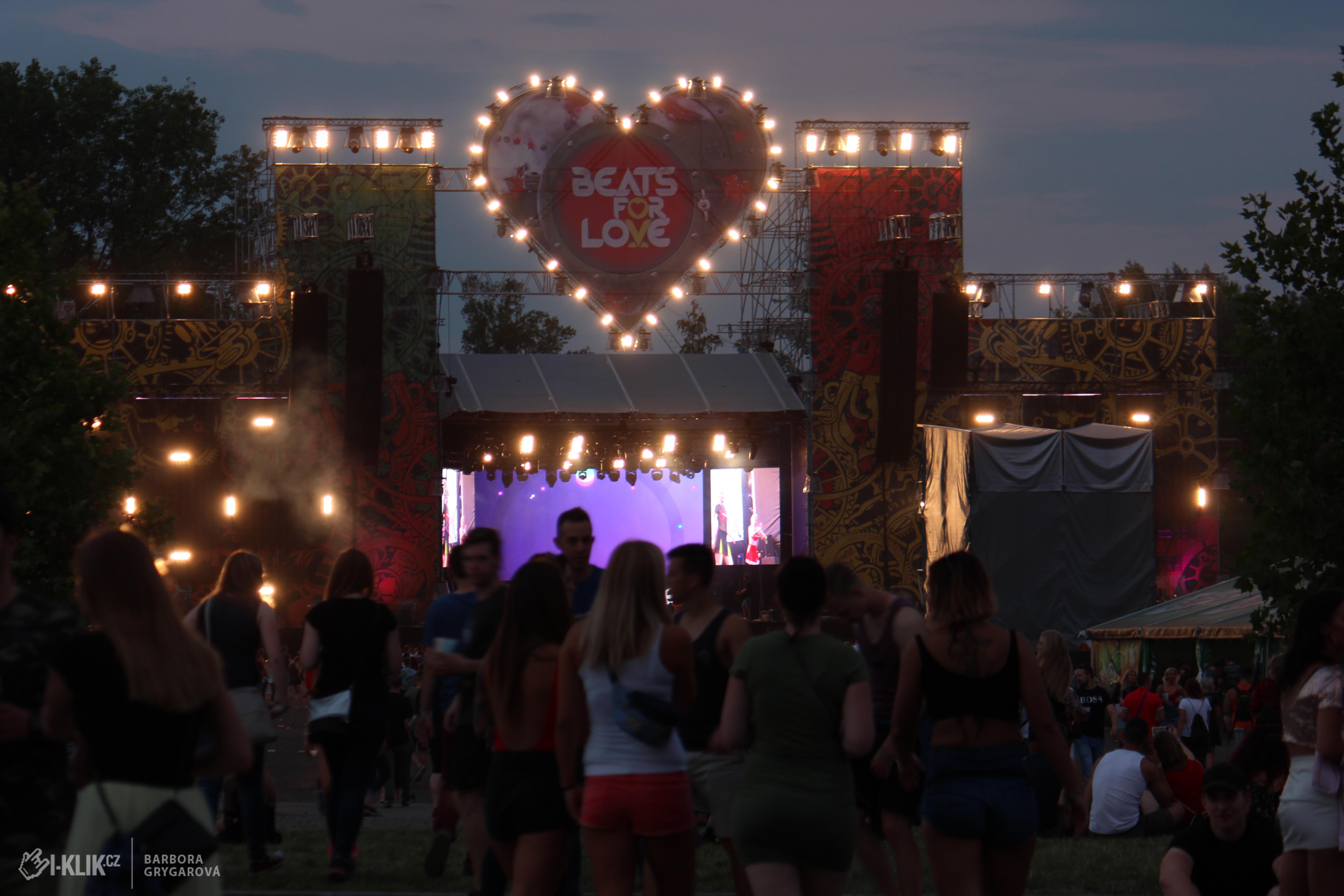 Fotoreport: BEATS FOR LOVE si dělá ve festivalovém světě parádní jméno!