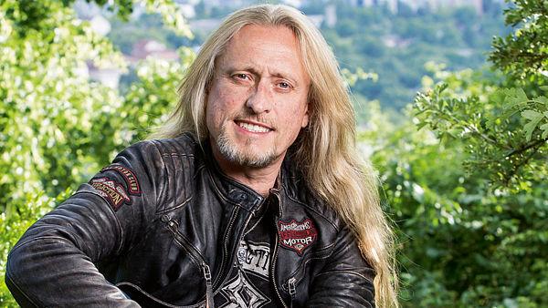 Kamil Střihavka a Leaders! vystoupí na tradičním koncertu v pražském Retru!