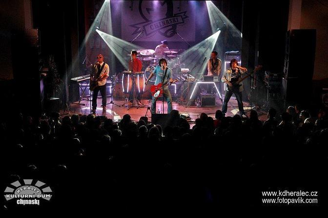 Posledních koncerty  závěrečného Klubového speciálu 2  skupiny Chinaski v Lucerna Music Baru se blíží!