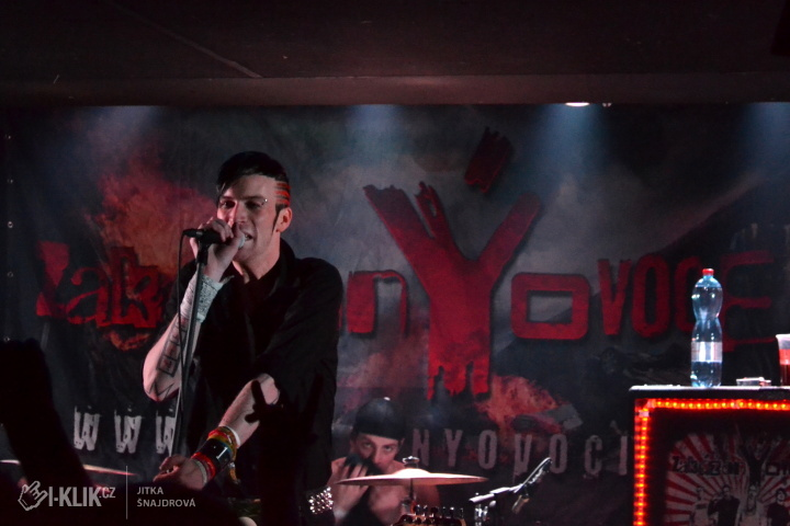 ZakázanÝ ovoce zakončilo své podzimní turné v pražském Rock Café!