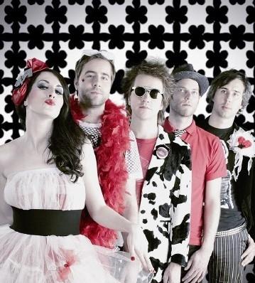 Toxique mají za sebou 2. koncert z tour v Británii (TZ)!