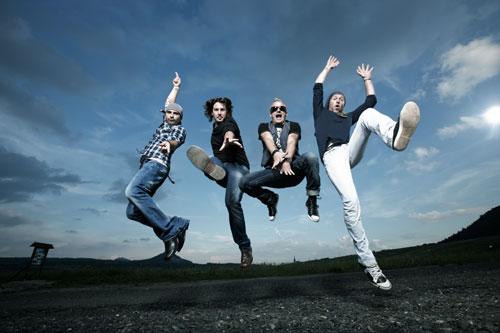 Lunetic pokračuje!!! Skupina chystá nový singl, autogramiádu a turné.